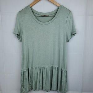Womens short sleeve pastel green tunic size large